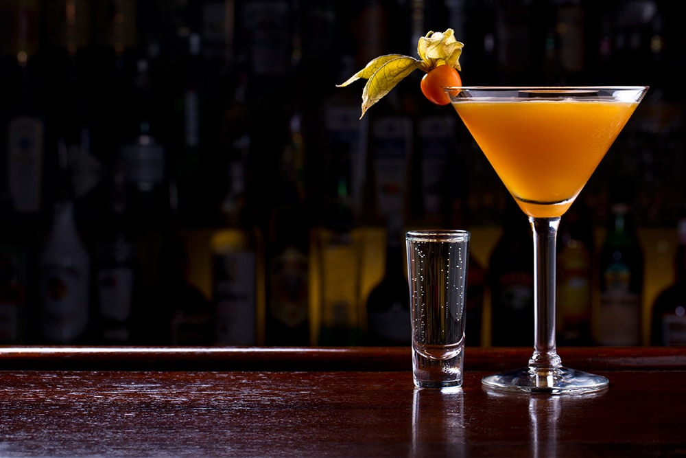 "SIP, SAVOUR AND CHILL – SAY ""HELLO"" TO THE SPECIALTY COCKTAIL BAR"