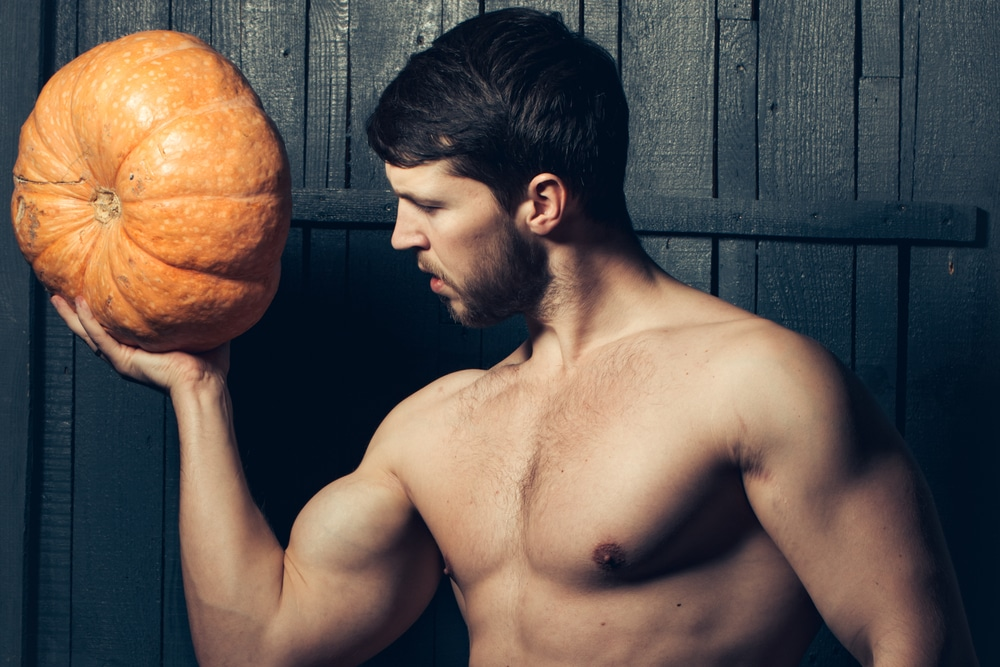 BEING AN ADULT MALE ON HALLOWEEN: 9 COSTUME DOS & DON'TS