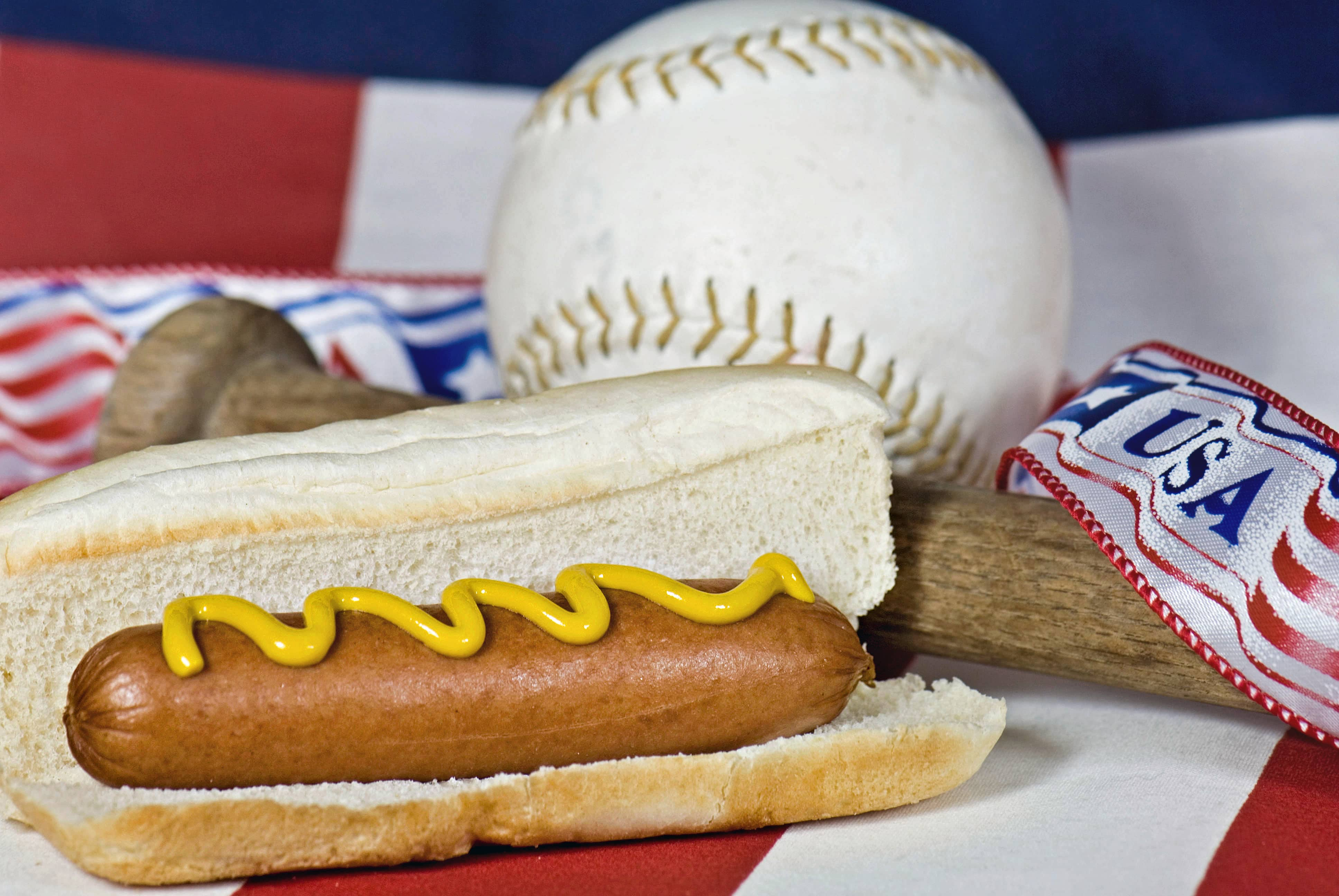 9 SNACKS YOU FORGOT YOU ATE AT THE BALL GAME