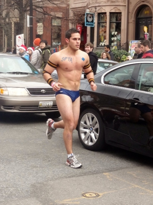 When To Go Commando And When To Go For The Underwear Drawer