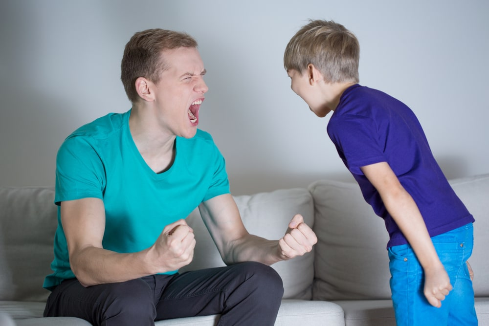 7 MISTAKES MANY WELL-INTENTIONED DADS MAKE