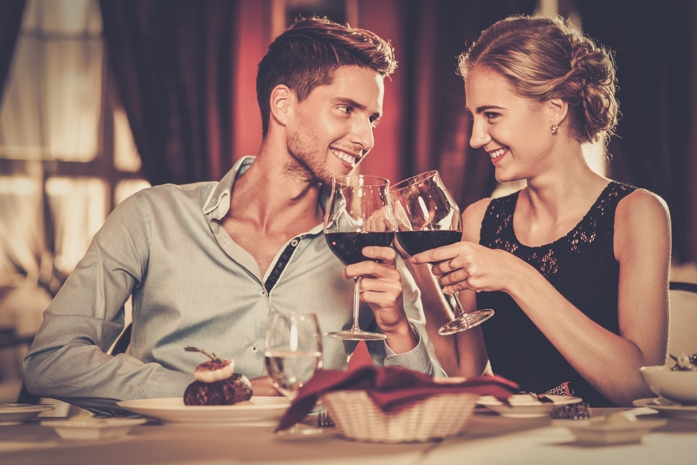 5 QUESTIONS TO ASK YOURSELF BEFORE ASKING HER OUT ON A SECOND DATE